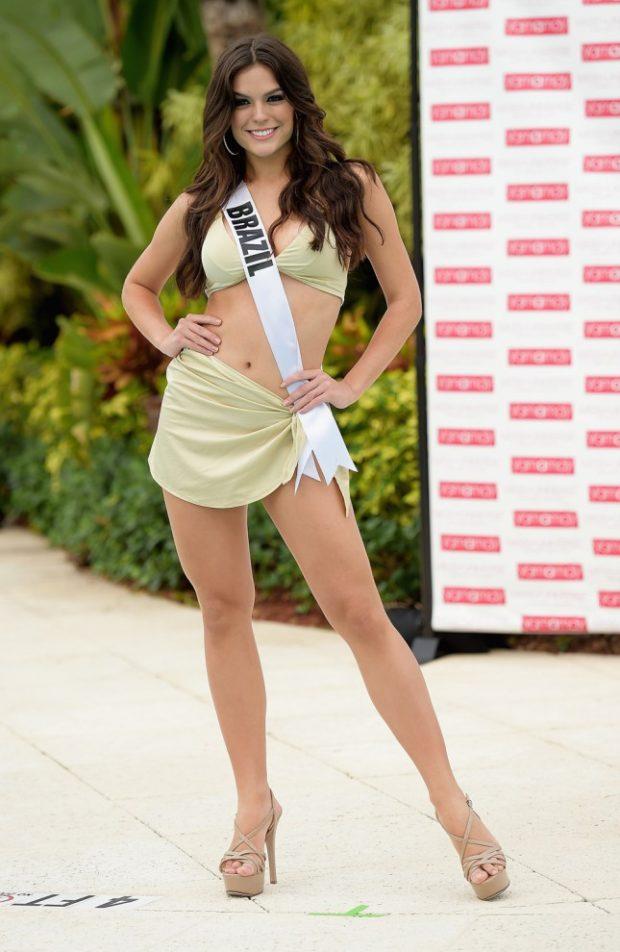 Miss-Universo-3-645x990