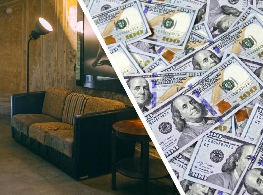 Мужчина из Китая забрал домой кем-то выкинутый диван, а когда разобрал его, понял, что больше можно не работать Разное,диван,клад