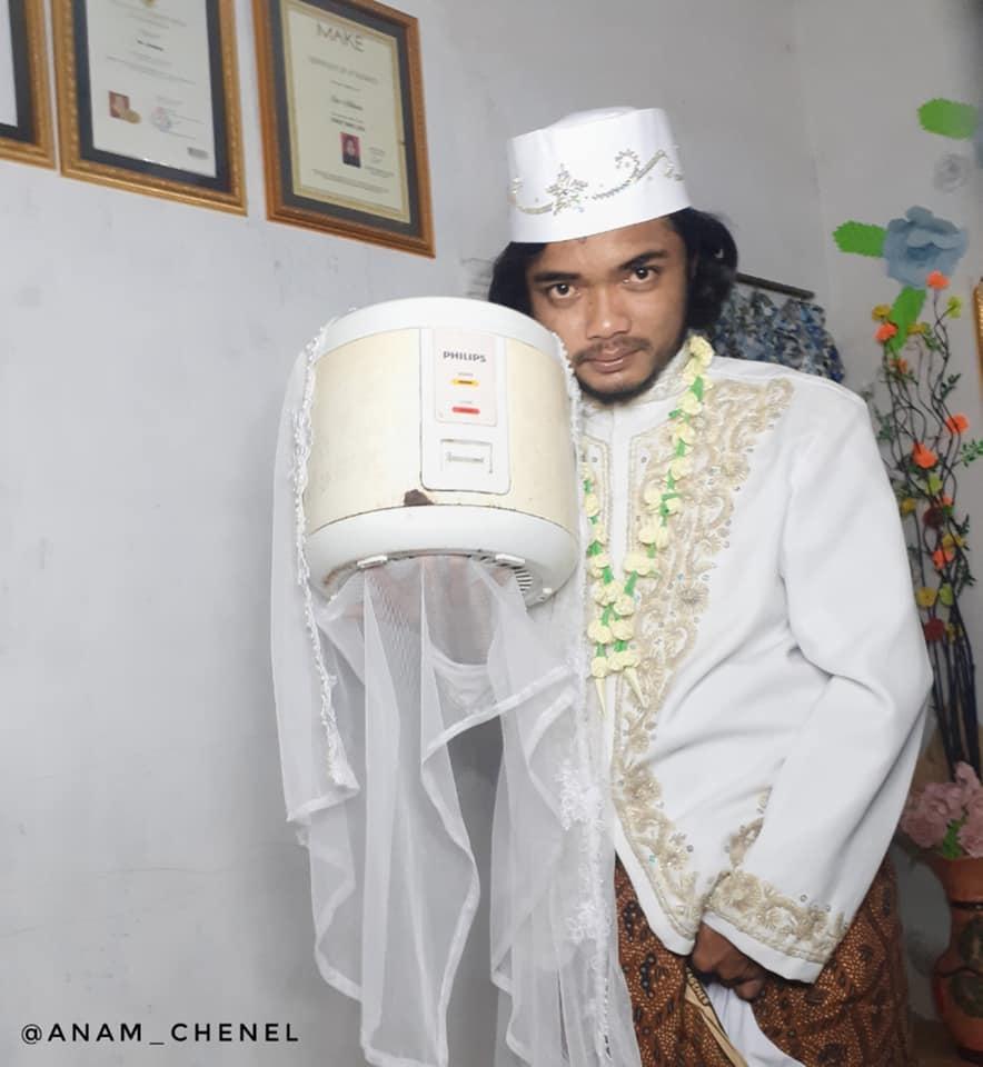 Парень женился на рисоварке, а все потому что она послушанная, тихая и хорошо готовит Личности,любовь,свадьба